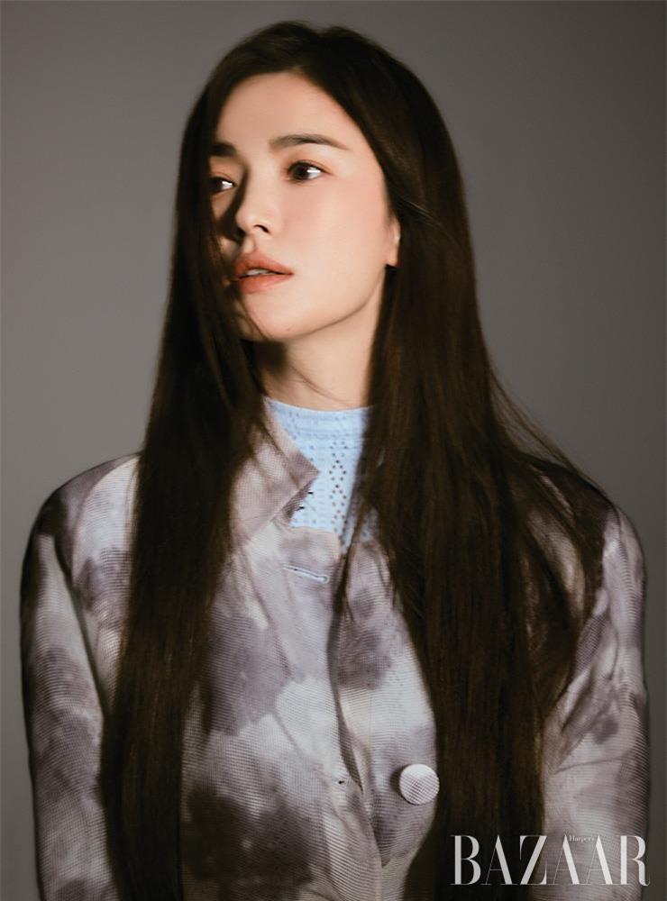 Bài phỏng vấn gây sốt của Song Hye Kyo: Lý do của những bài đăng trên Instagram và bí mật phía sau sự