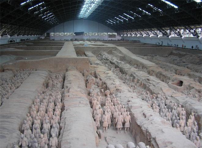 Bí ẩn tượng binh mã trong lăng mộ Tần Thủy Hoàng: Không bao giờ có 2 gương mặt trùng khớp nhau? - Ảnh 1.
