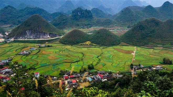 CNN gợi ý 10 điểm đến tuyệt vời nên khám phá ở Việt Nam - Ảnh 9.