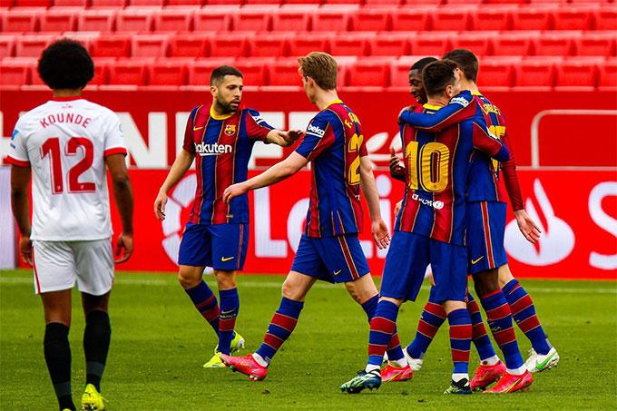 Kết quả Sevilla 0-2 Barca: Messi lại sắm vai người hùng