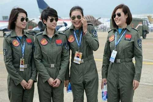 9 đội quân nữ nguy hiểm nhất trên thế giới