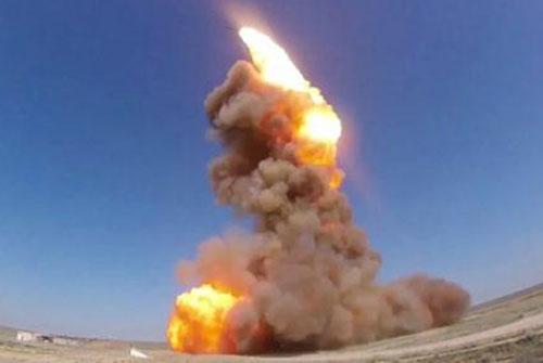 'Nga biến Mỹ thành sa mạc nếu bị đánh từ vũ trụ'