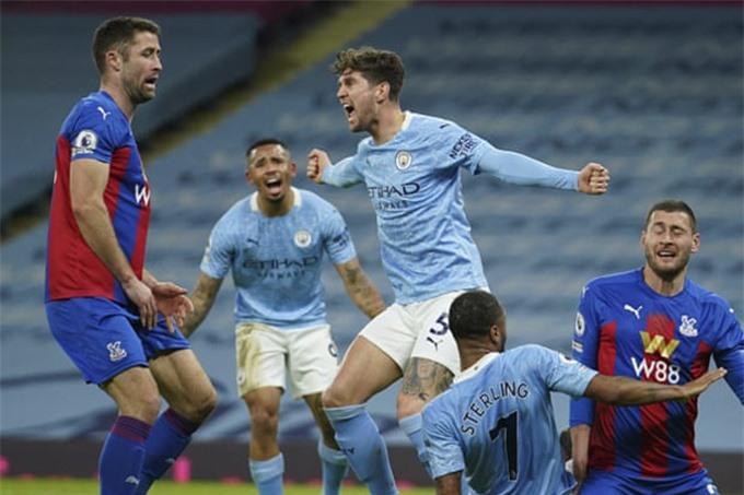 Ngày đăng quang của Man City có thể lùi tới 1/5 sau trận thắng Palace