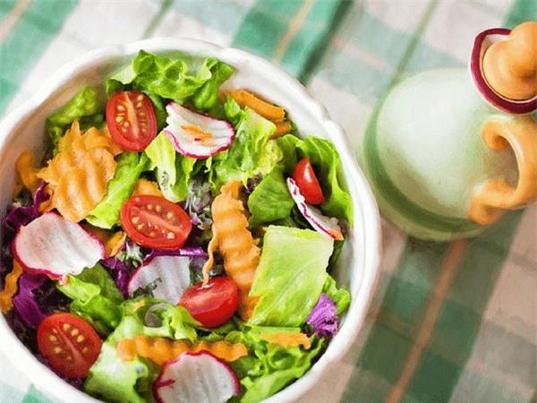 10 thực phẩm giúp giảm axit dạ dày hiệu quả - Ảnh 8.