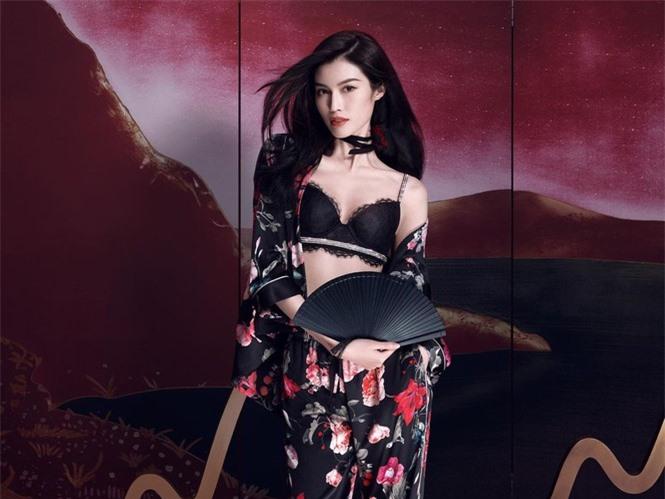 Người mẫu nội y gốc Hoa da trắng eo thon dáng nuột nà - ảnh 5