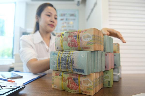 Kiểm soát chặt tín dụng chảy vào bất động sản