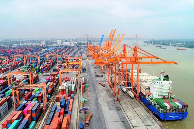 Hàng xuất nhập khẩu qua cảng biển tăng trưởng tốt