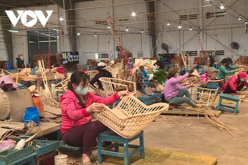 Doanh nghiệp xuất khẩu tăng tốc tìm kiếm đơn hàng mới