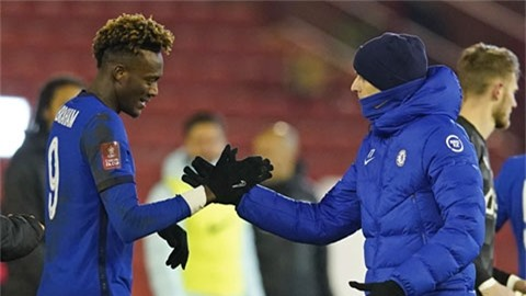 Cầu thủ Chelsea đầu tiên sắp phải ra đi vì Tuchel