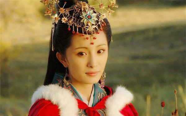 Tu dai my nhan Vuong Chieu Quan anh 3