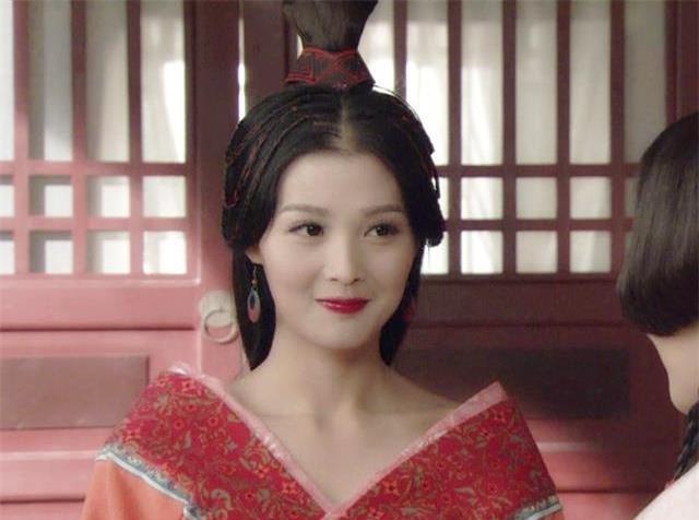 Tu dai my nhan Vuong Chieu Quan anh 8