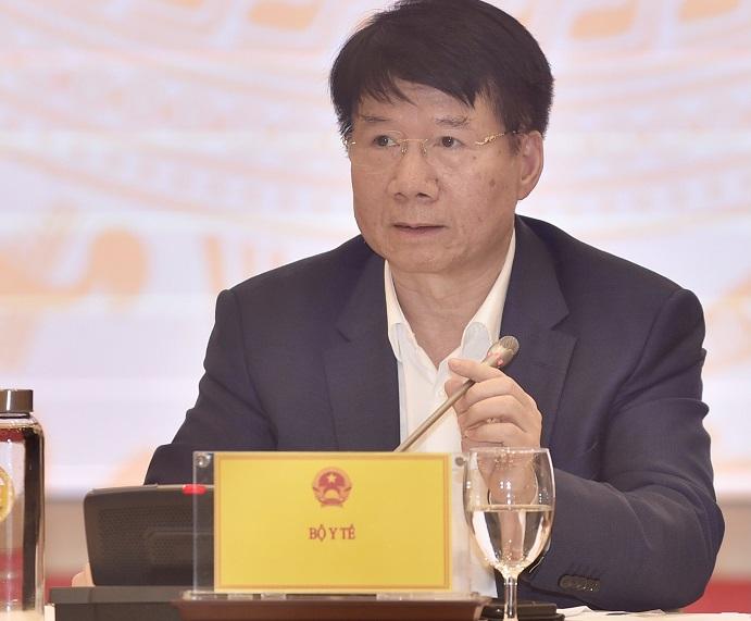 Thứ trưởng Bộ Y tế Trương Quốc Cường trả lời câu hỏi liên quan đến vaccine phòng COVID-19.