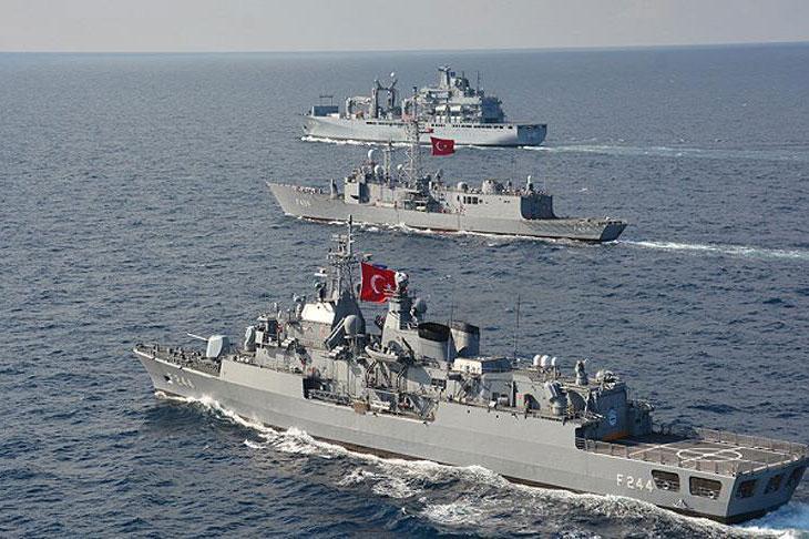 Tàu chiến Thổ Nhĩ Kỳ.