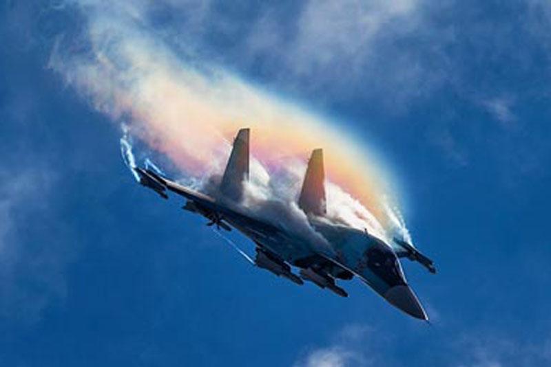 Máy bay chiến đấu Nga MiG-41 và Su-57 sẽ được trang bị súng điện từ có tầm bắn như tên lửa. Ảnh minh họa.