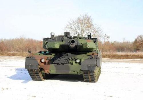 Hết thời xe tăng Leopard bị phá hủy