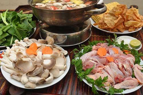 Cách làm lẩu gà ngải cứu siêu ngon tại nhà ăn 1 lần muốn ăn mãi