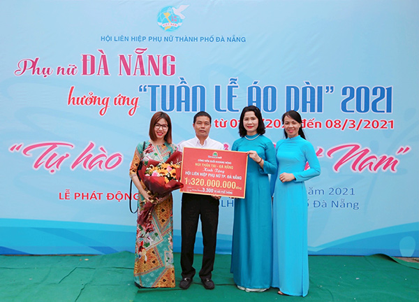 Khu du lịch Công viên suối khoáng nóng Núi Thần Tài tặng hơn 3.000 vé gói phổ thông trị giá 1.320.000.000đ cho chị em hội viên Hội Liên hiệp Phụ nữ TP Đà Nẵng