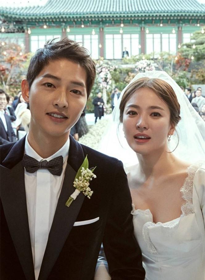 Sự nghiệp Song Joong Ki lên như diều gặp gió sau khi chia tay Song Hye Kyo - ảnh 1