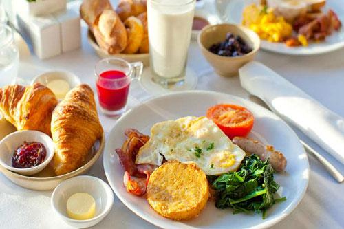 Có chết đói cũng không được ăn loại thực phẩm này vào buổi sáng