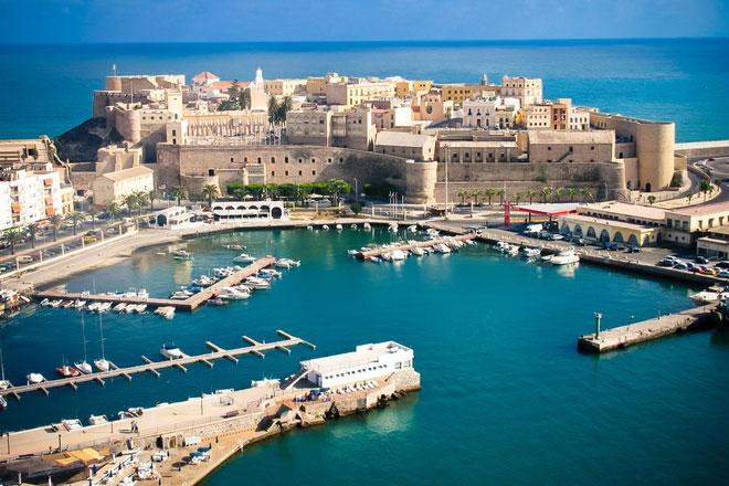 Khám phá thành phố biển tuyệt đẹp ở Tây Ban Nha