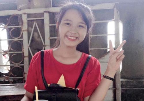 Những hình ảnh ngày bé chưa từng hé lộ của Hoa hậu Đỗ Thị Hà