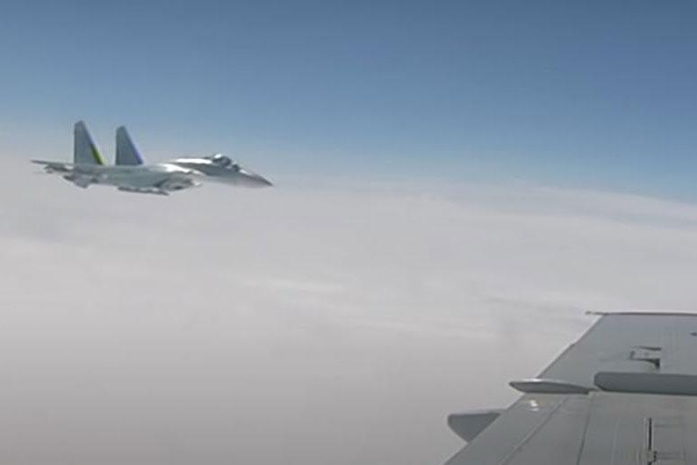 Su-27 của Nga làm gián đoạn cuộc tập trận của NATO ở vùng Kaliningrad