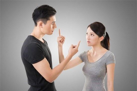 Những tính cách phụ nữ khiến đàn ông khiếp sợ - Ảnh 1.