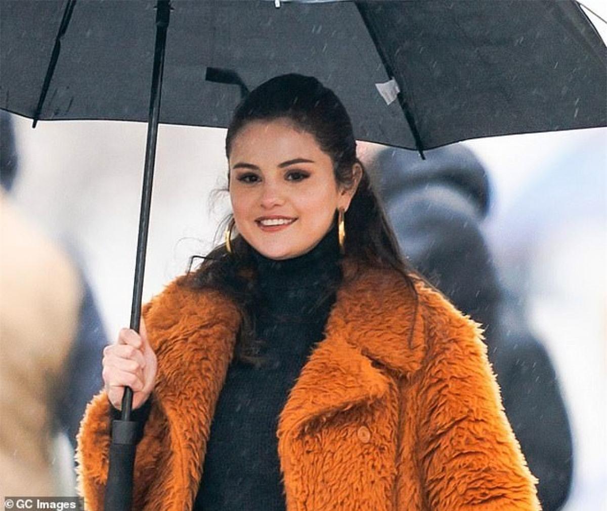 """Thời gian này, Selena Gomez dần trở lại với công việc sau thời gian """"ở ẩn""""."""