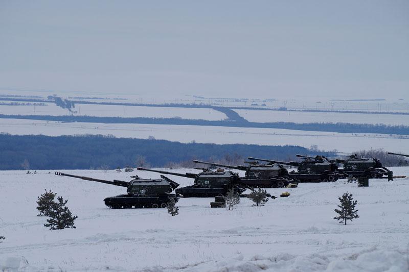 Ukraine chuyển ồ ạt pháo 152-mm tới Donbass