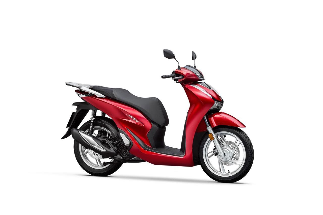 Sau Tết, giá xe máy biến động, Honda SH vẫn chênh cao