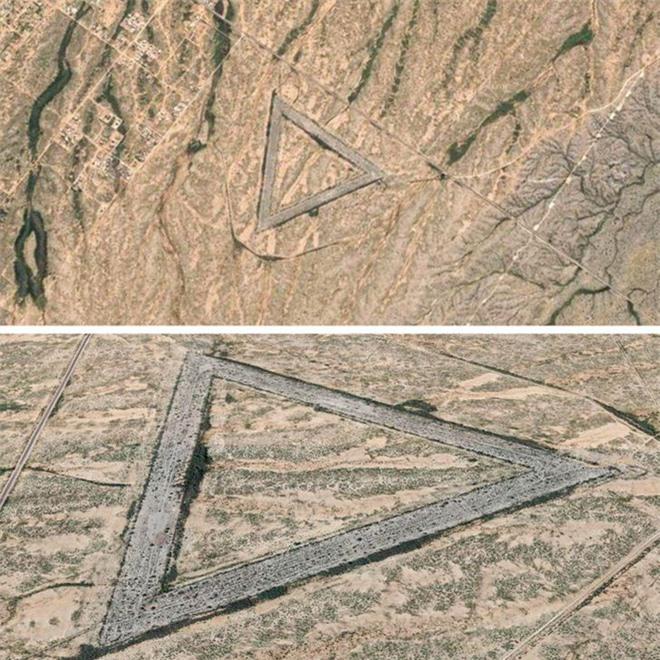Từ di tích tới hình vẽ bí ẩn của người ngoài hành tinh: Những địa điểm cực dị và bí ẩn chỉ được thế giới biết đến kể từ khi... Google Maps ra đời - Ảnh 3.