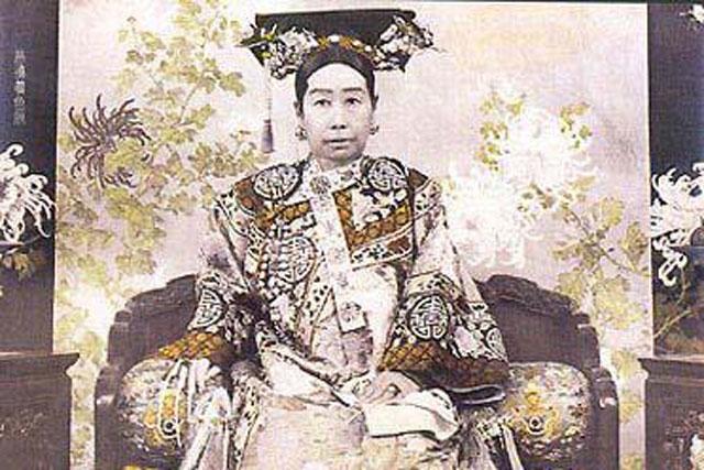 Từ Hy Thái hậu Na Nạp Thị - người đàn bà hoang dâm, độc ác và… tài sắc