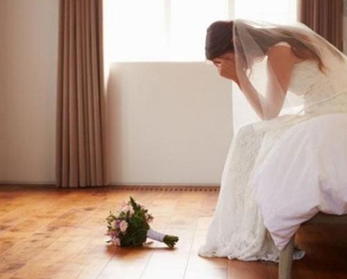 'Sự cố' khiến cô dâu trẻ bỏ về nhà mẹ đẻ ngay đêm tân hôn