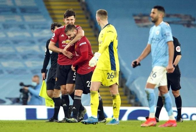 Cắt mạch thắng của Man City, MU nối dài chuỗi trận bất bại trên sân khách