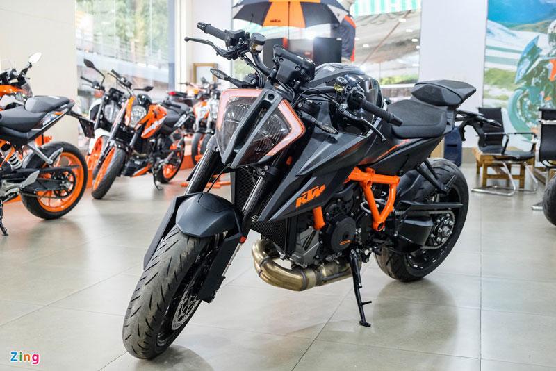 Điểm danh những naked bike chính hãng đắt nhất tại Việt Nam