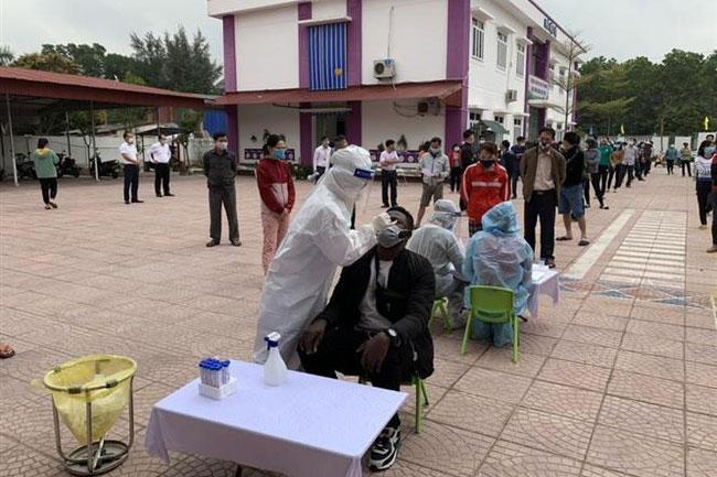 9 nhóm đối tượng được ưu tiên tiêm vaccine COVID-19 tại Hải Dương