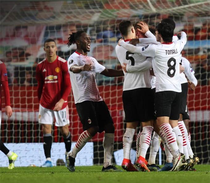Niềm vui các cầu thủ Milan