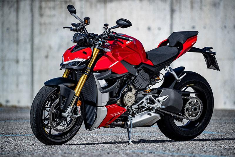 Ducati Streetfighter V4S.