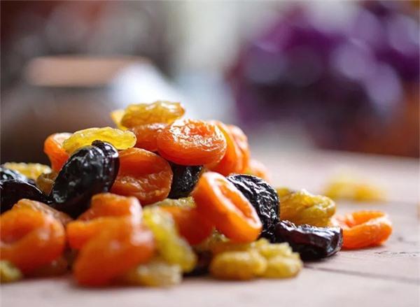 Sáu thực phẩm giúp giảm cân nhưng hại răng