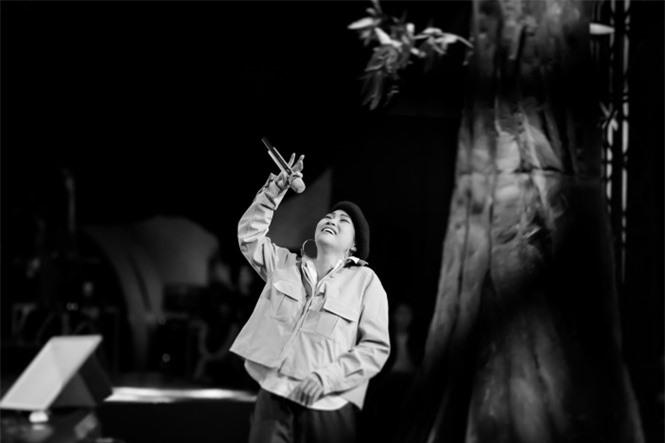 Ca sĩ Phương Thanh lần đầu kể về tuổi thơ dữ dội đi bơm xe cho Kim Tử Long - ảnh 4