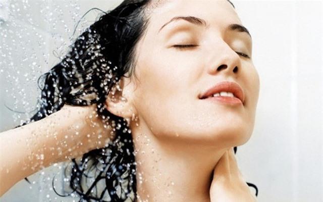 Đây đích thị là 5 thói quen tắm bạn không nên tiếp diễn hằng ngày nữa, nghe lý do cũng đủ khiếp sợ - Ảnh 2.