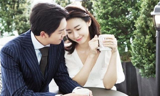 Không phải tuổi tác hay dung mạo quyến rũ, đây mới là bùa yêu hữu hiệu nhất giúp phụ nữ giữ chặt trái tim người đàn ông mình yêu - Ảnh 1.