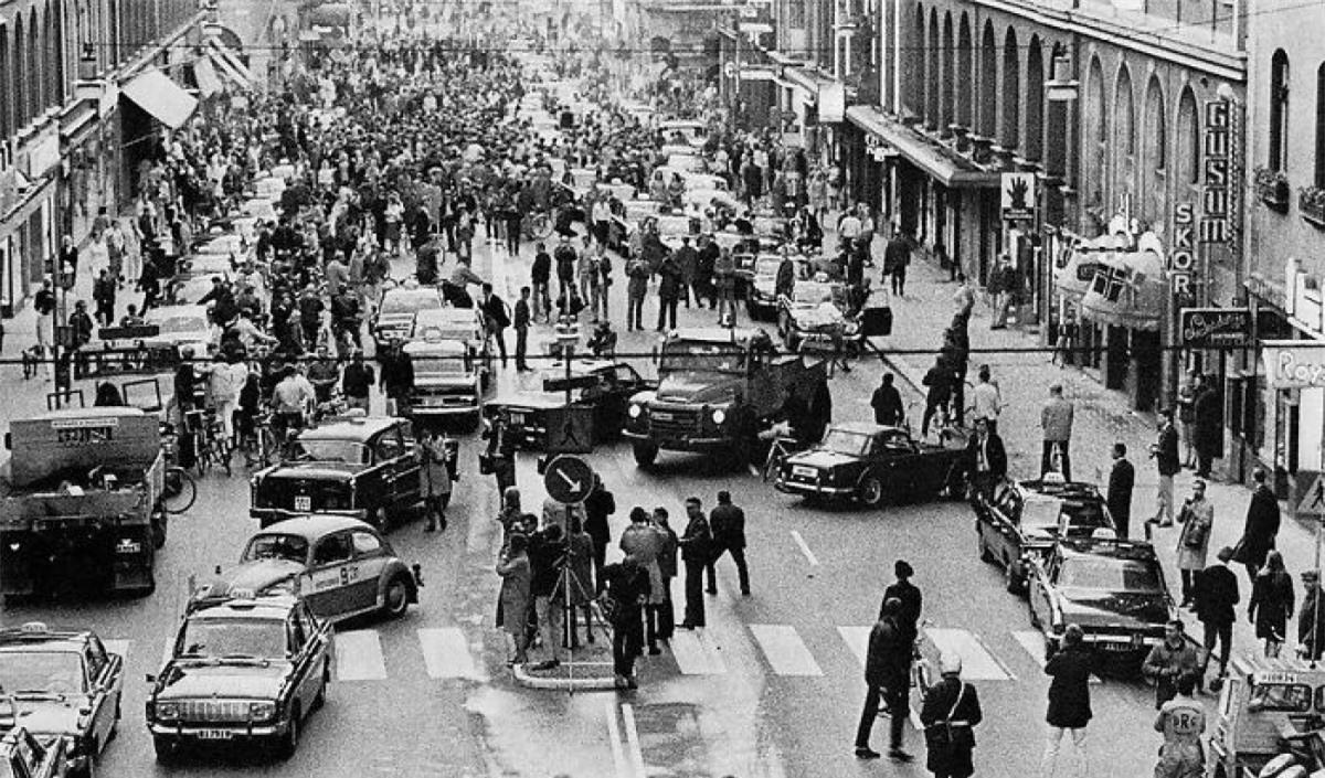 Ngày 3/9/1967 là ngày Thụy Điển chuyển từ lái xe bên trái sang lái xe bên phải.