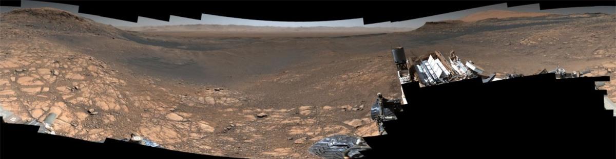 Tàu thăm dò Curiosity của NASA ghi lại một bức ảnh với độ phân giải cao nhất từng chụp được về bề mặt sao Hỏa vào cuối năm 2019. Bức ảnh này được tạo thành từ hơn 1.000 tấm ảnh khác nhau và có dung lượng là 1,8 tỷ pixel.