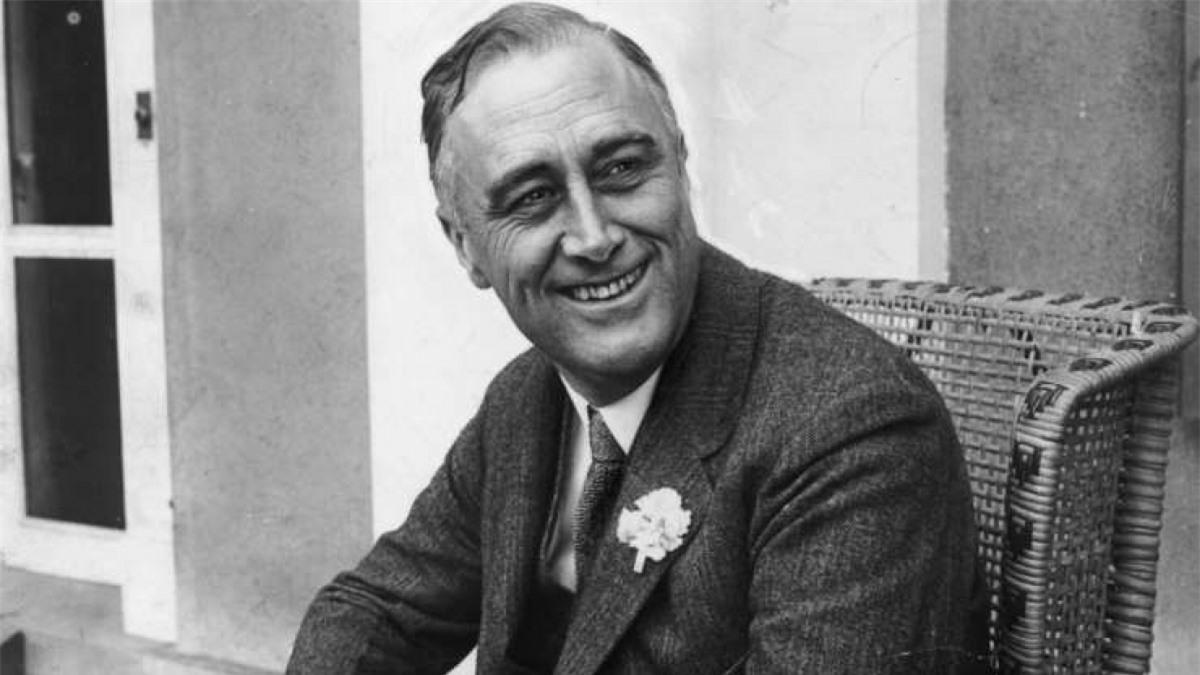 Franklin D. Roosevelt (1882-1945): Ông là tổng thống có họ hàng xa với vợ và 10 tổng thống khác.