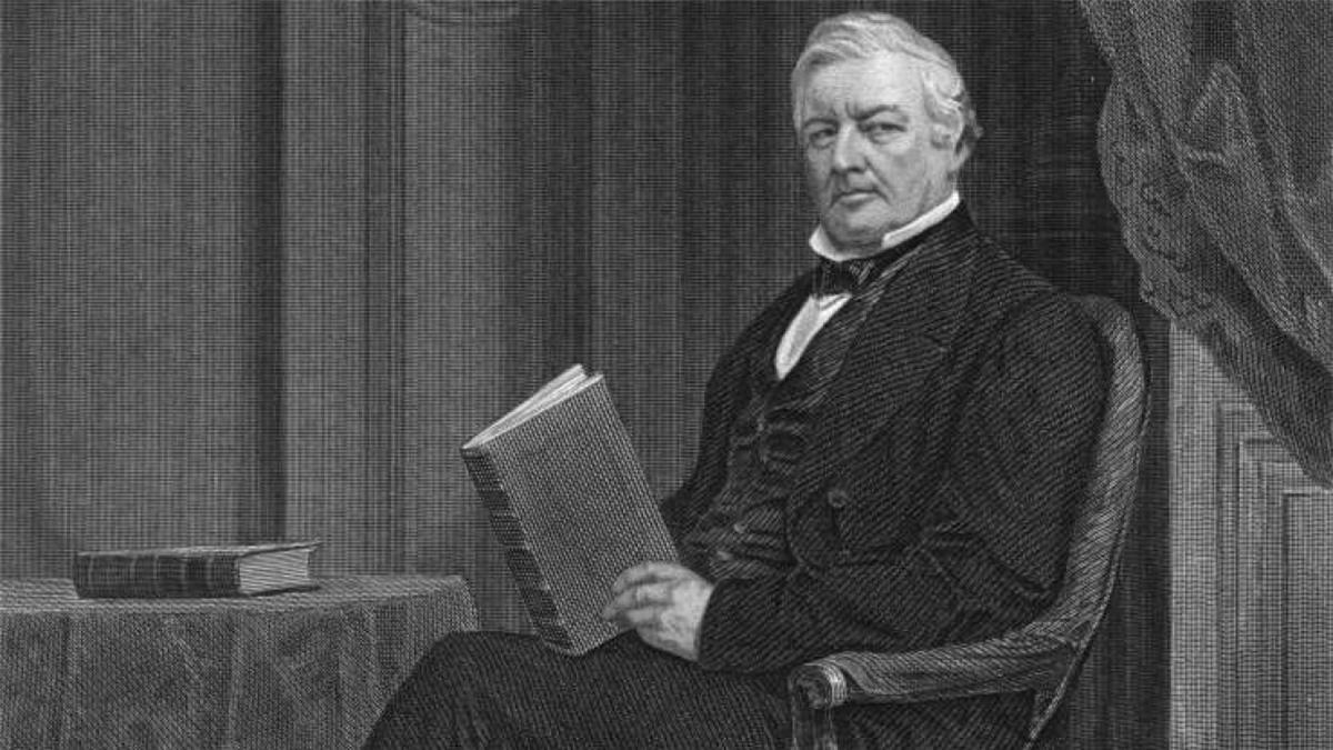 Millard Fillmore (1800-1874): Millard Fillmore, người trở thành tổng thống sau cái chết của Tổng thống Taylor, đã không có phó tổng thống. Ông Fillmore là tổng thống đầu tiên trong 4 tổng thống đương nhiệm mà không có phó tổng thống. Vào thời điểm đó, Hiến pháp chưa có quy định về việc thay thế các phó tổng thống, những người đã qua đời hoặc rời đi. Mãi cho đến năm 1967, Tu chính án thứ 25 được thông qua mới cho phép tổng thống bổ nhiệm phó tổng thống với sự thông qua của Quốc hội.