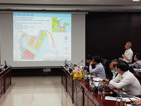 Đơn vị Tư vấn của Bộ GTVT trình bày về quy hoạch cảng Liên Chiểu