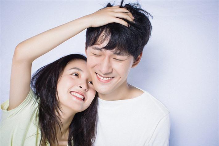 Những sao Hoa ngữ công khai chuyện có con trong năm 2021: Người nhận được đồng cảm, kẻ bị chỉ trích thậm tệ - Ảnh 10.
