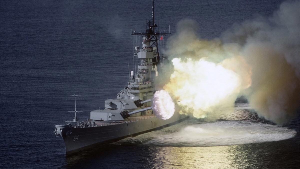 """Mỹ từng 3 lần đưa chiến hạm lớp Iowa """"từ cõi chết trở về"""". Ảnh: Wikimedia"""