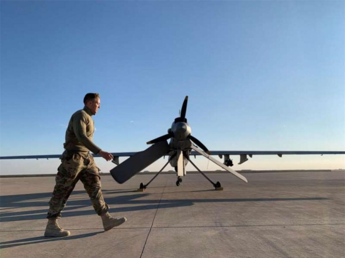 Tổng thống Biden đình chỉ các chiến dịch không kích bằng UAV ngoài vùng chiến có lính Mỹ đồn trú. Ảnh: Getty